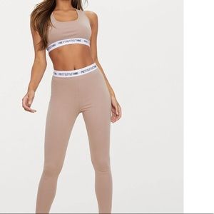 Prettylittlething sports bra leggings set
